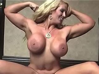 muscular cougar aluraJensonxxx