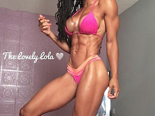black canadian muscke girl thelovelylola