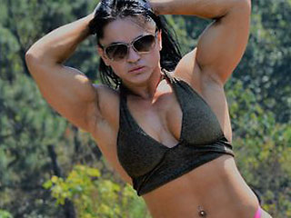 hot brazilian bodybuilder milf cleobrasil