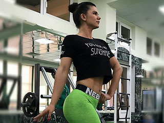 gym addict musclewoman703